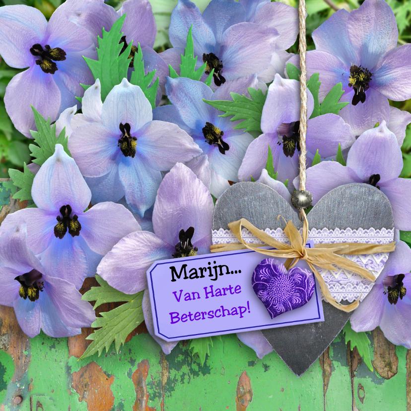 Beterschapskaarten - Leuke beterschapskaart 2 hartjes op blauwe bloemen