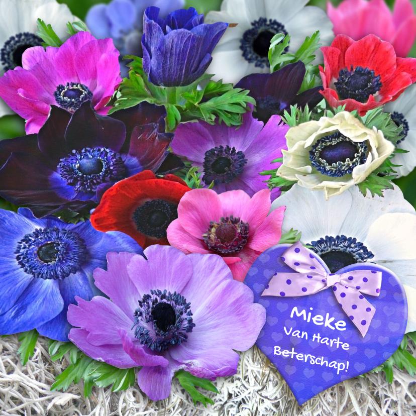 Beterschapskaarten - Mooie beterschapskaart Anemonen met blauw hart en strikje