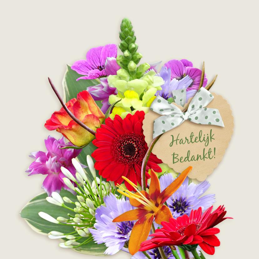 Bloemenkaarten - Mooie bloemenkaart bos diverse bloemen op lichte ondergrond