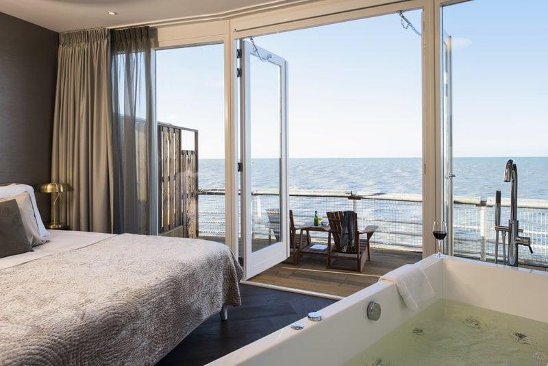 Bruidssuite aan het strand Pier Suites