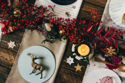 Kersttafel dekken