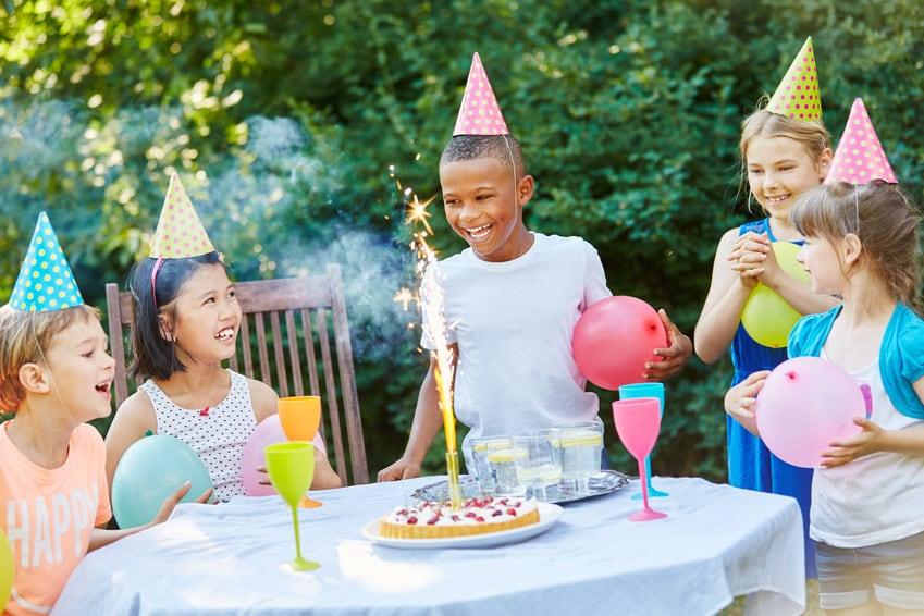 New Kinderfeestje 8 jaar: de leukste tips en ideeën! - Blog van Kaartje2go @IX39