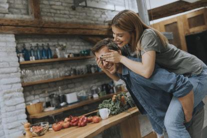 Partner verrassen eerste jaar huwelijk