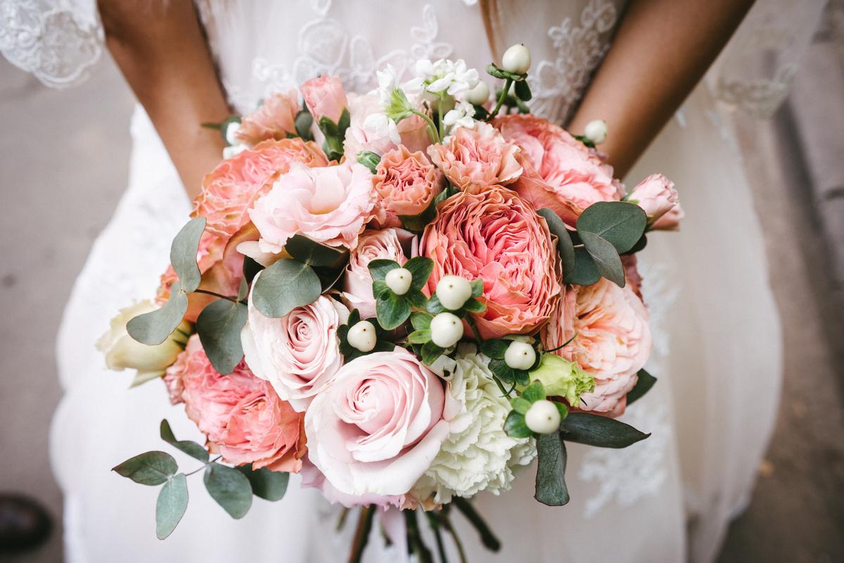 Simpele bruiloft low budget trouwen