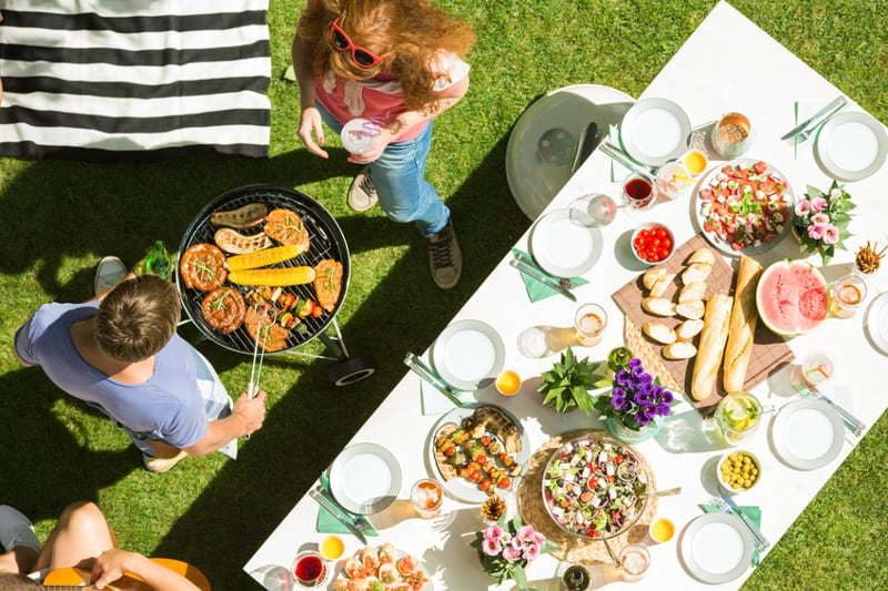 Je Verjaardag Thuis Vieren Of Een Zaaltje Huren Blog Van Kaartje2go