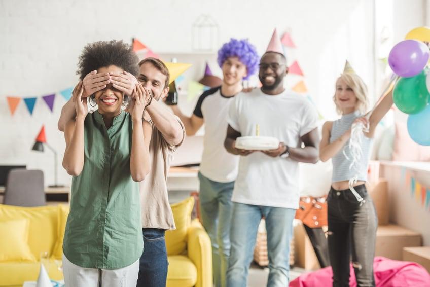 surprise party organiseren 50 jaar Verrassingsfeest organiseren: 7 ultieme tips!   Blog van Kaartje2go surprise party organiseren 50 jaar