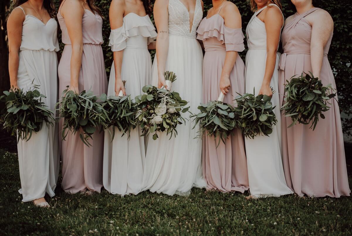 bruidsmeisjes bloemen