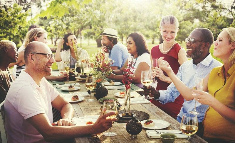 25-jarig huwelijk: tuinfeest organiseren