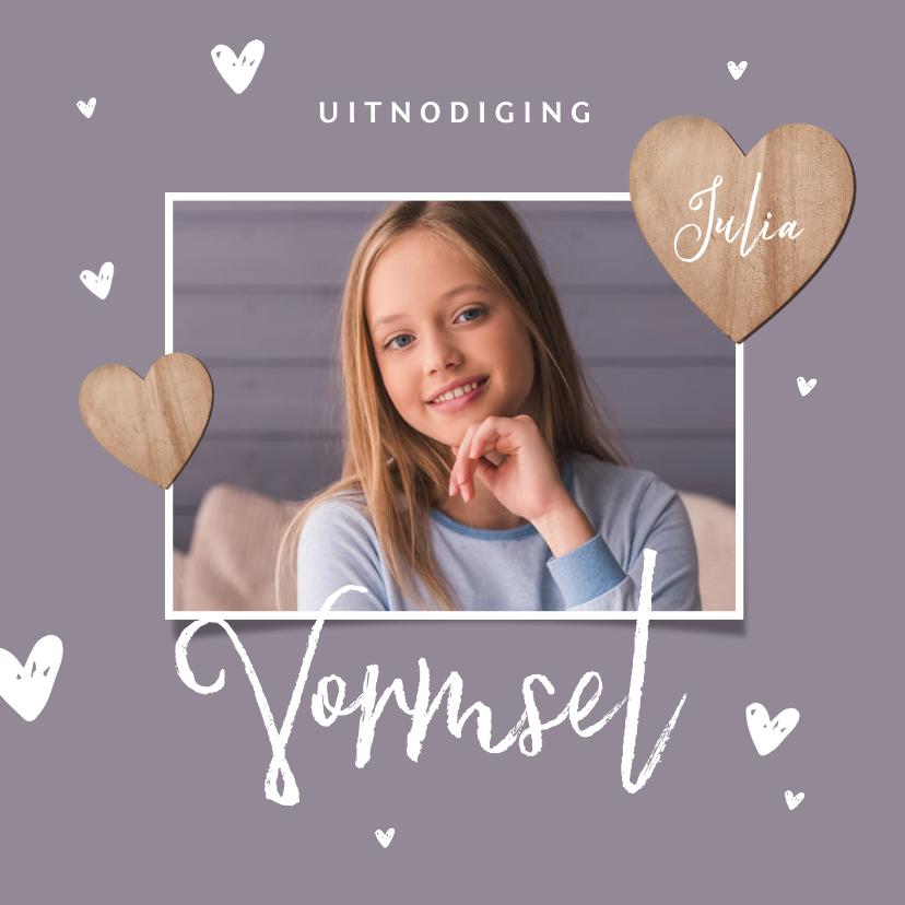 Communiekaarten - Vormsel uitnodigingskaart meisje houten hartjes foto