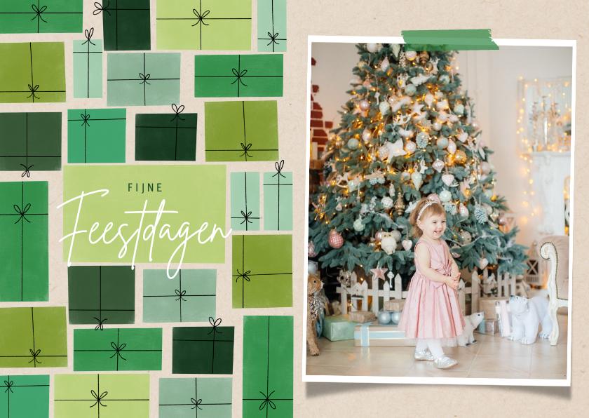 Fotokaarten - Hippe fotokaart fijne feestdagen kerst en groene cadeau's