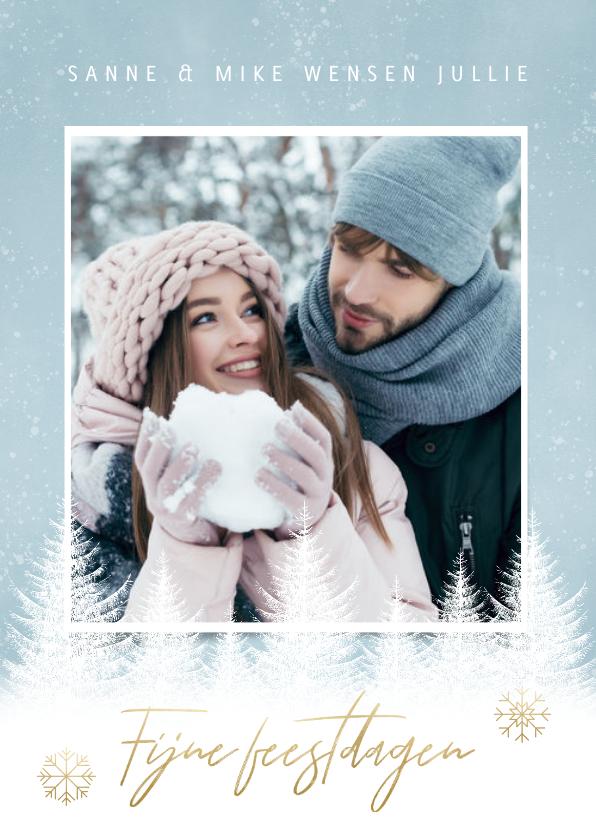 Fotokaarten - Kerst fotokaart sneeuwvlokken, bomen en 'Fijne Feestdagen'