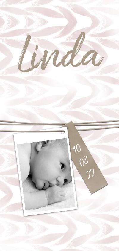 Geboortekaartjes - Geboortekaartje langwerpig met label en waterverf meisje