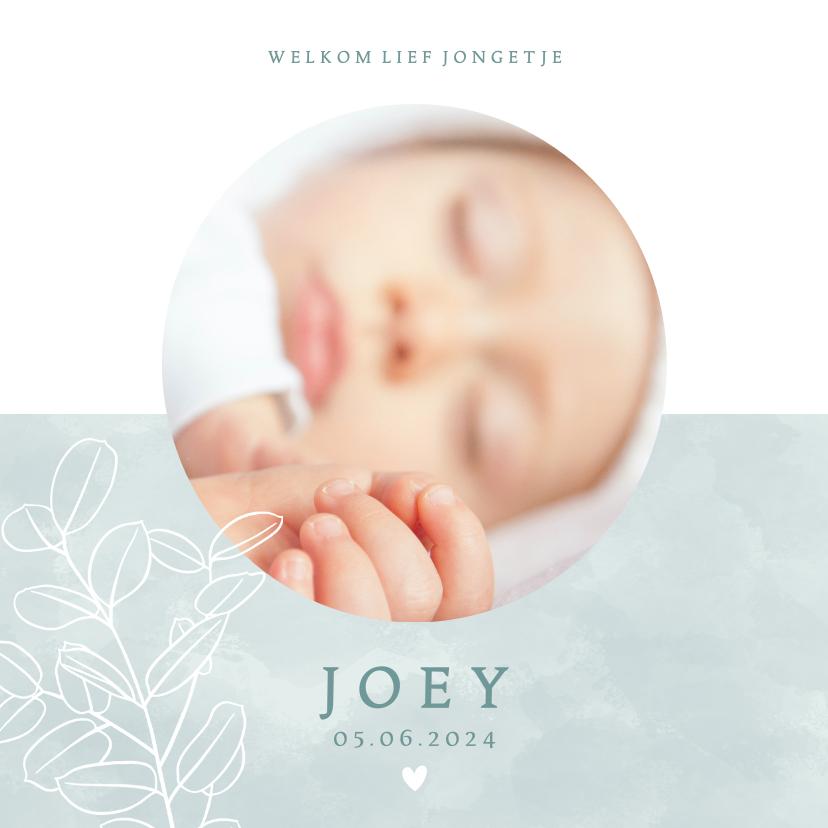 Geboortekaartjes - Lief geboortekaartje met foto plantje & hartje voor jongetje