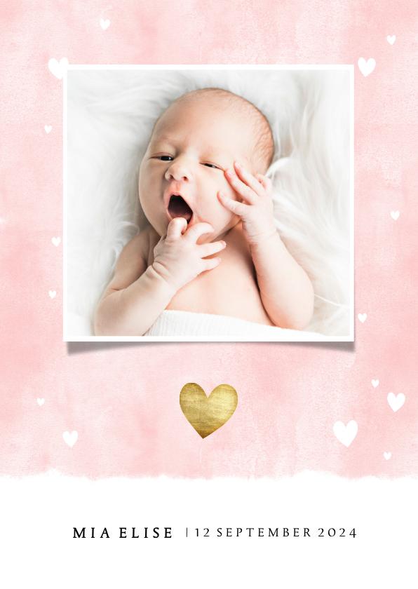 Geboortekaartjes - Lief geboortekaartje met waterverf achtergrond en hartjes