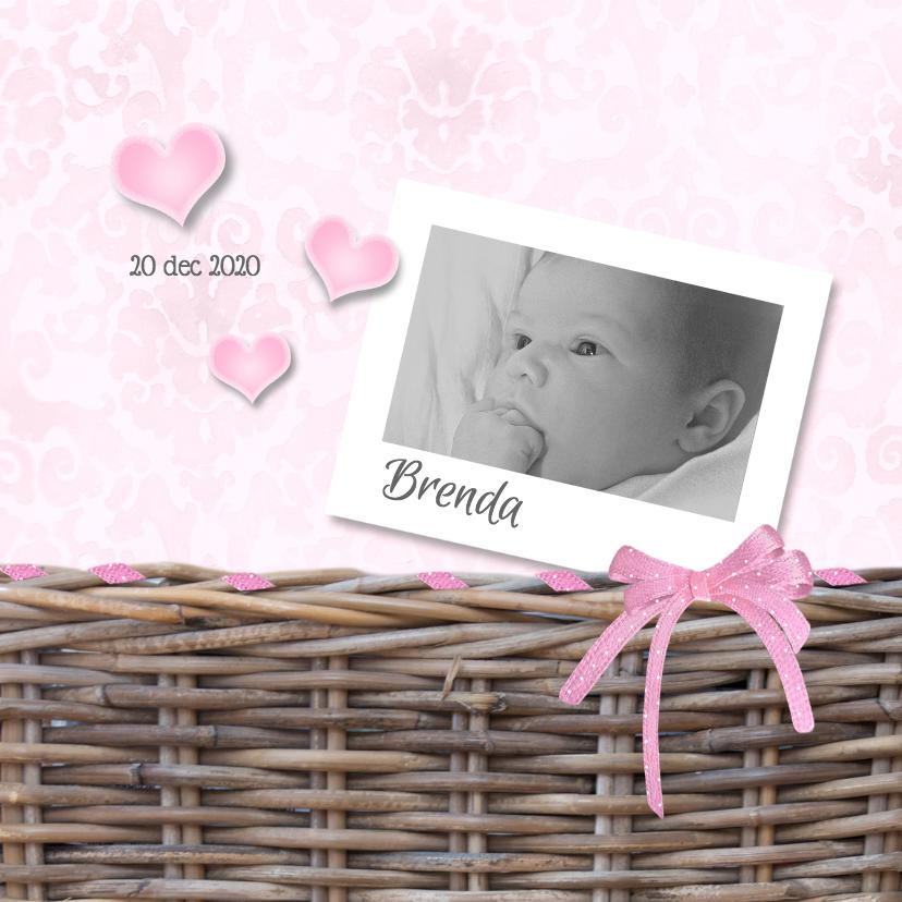 Geboortekaartjes - Meisje in het riet met strik