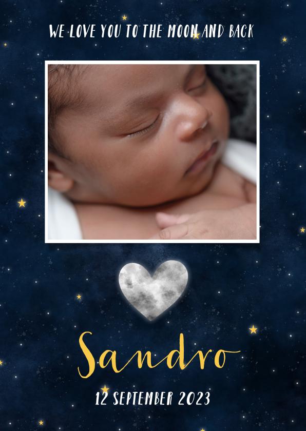 Geboortekaartjes - Stoere geboortekaart met maan in hartvorm, sterren en heelal