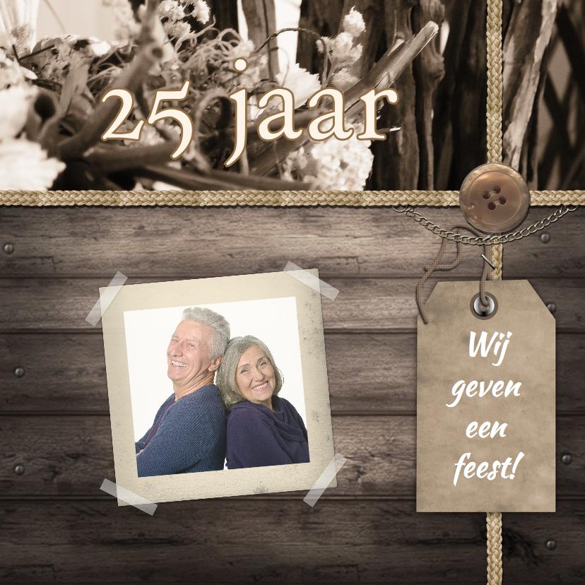 Jubileumkaarten - Feest label en foto op hout c