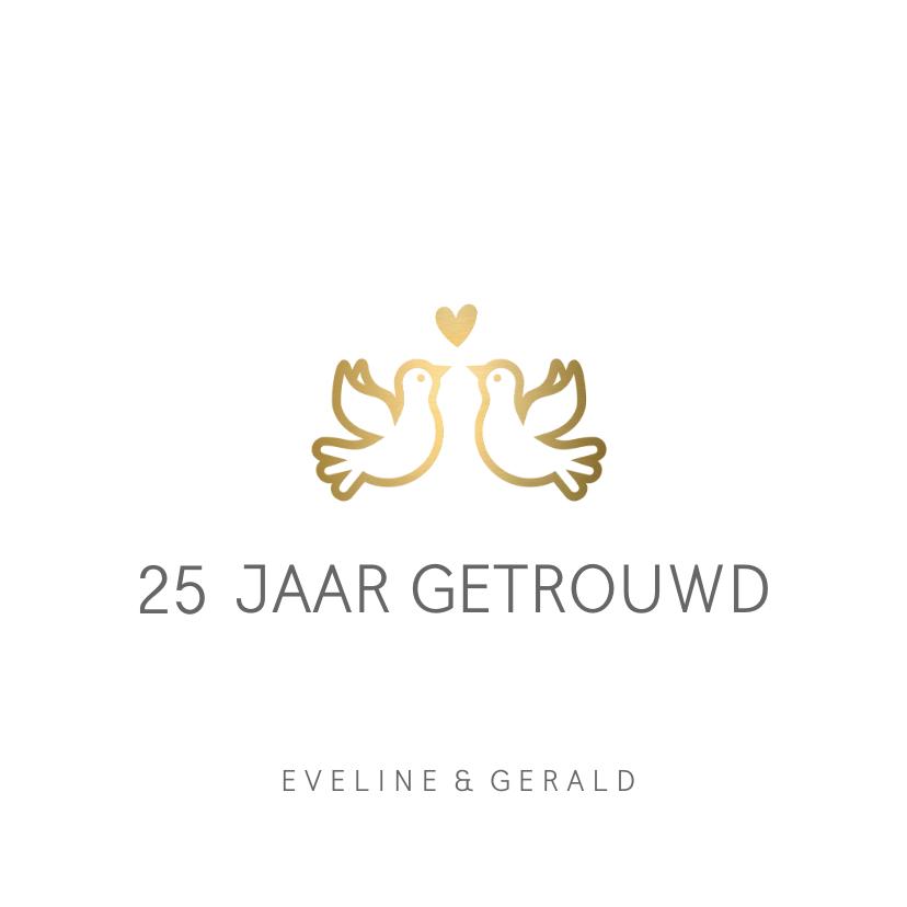 Jubileumkaarten - Huwelijksjubileum uitnodiging klassiek met gouden duifjes