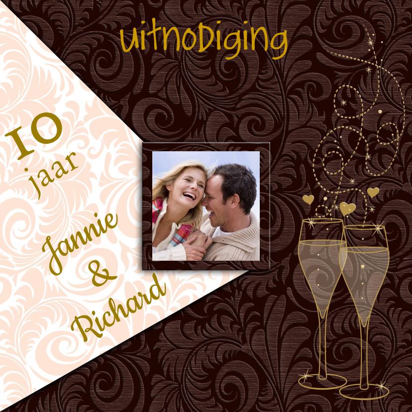 Jubileumkaarten - Mooie uitnodiging goudkleurige tekst en foto
