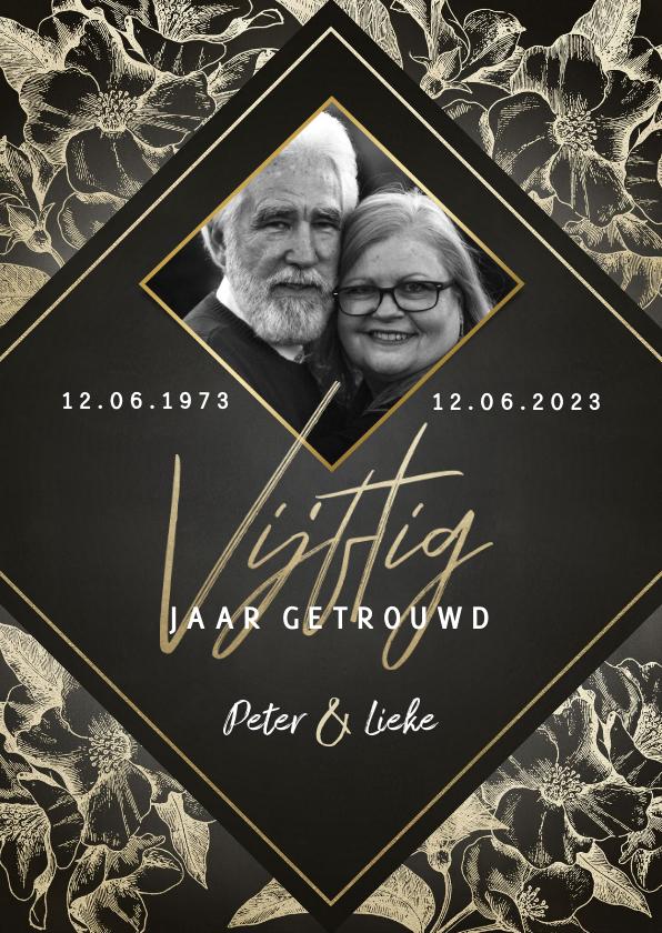 Jubileumkaarten - Stijlvolle jubileumkaart 50 jaar getrouwd gouden bloemen