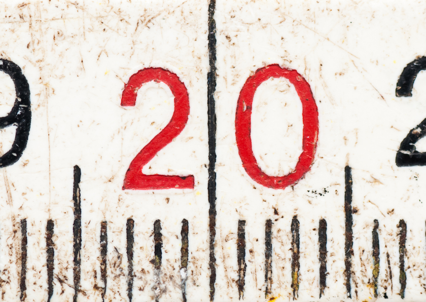 20 op oude witte duimstok 1