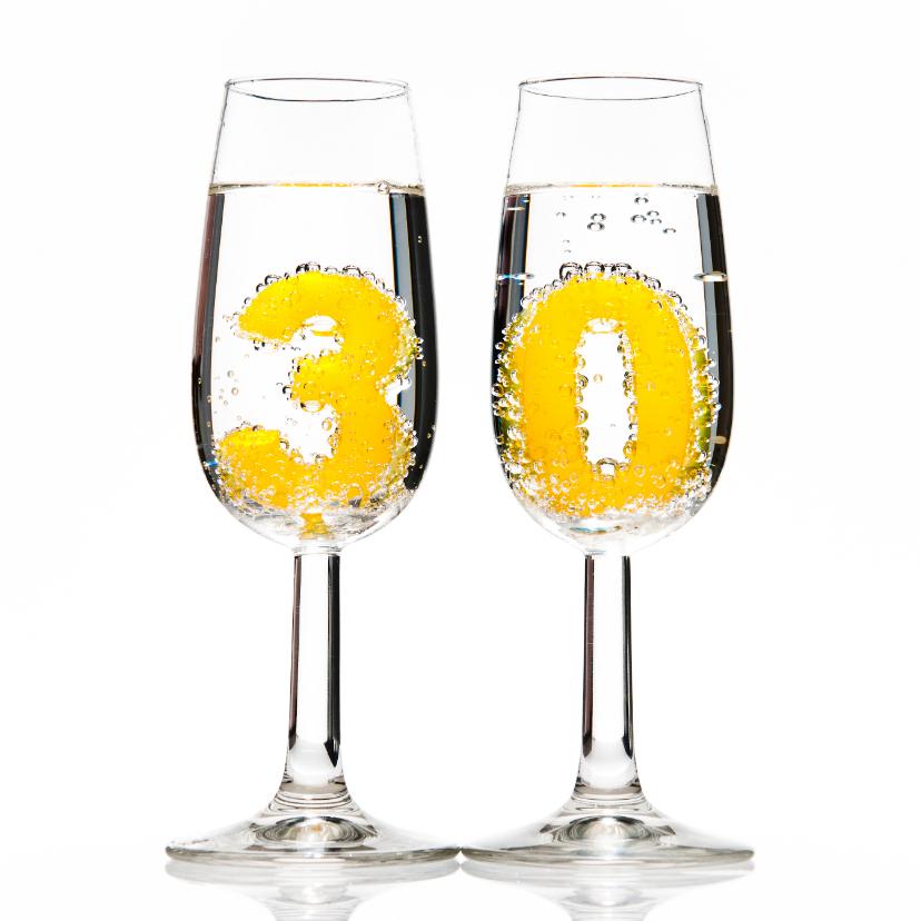 30 in champagneglazen 1