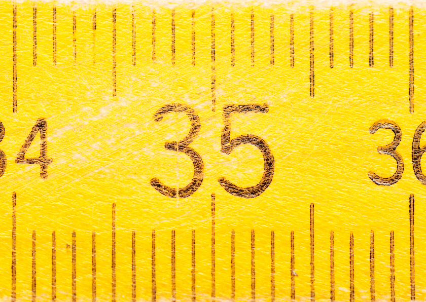35 jaar op gele duimstok 1