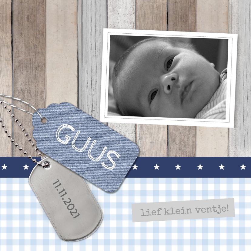 Geboortekaartje Guus hout labels 1