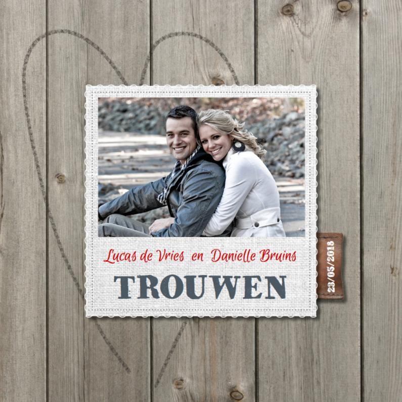 Hippe foto trouwkaart hout 1