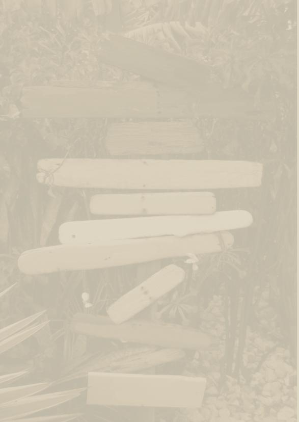 Sepia Paal met drijfhout Bomen 2