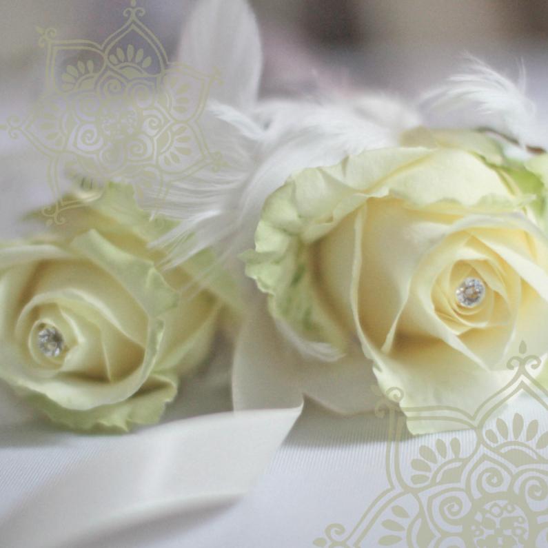 Trouwkaart witte roos kristal 1