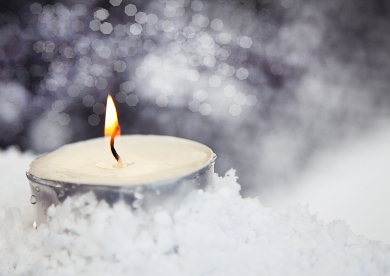 candle in the snow 1