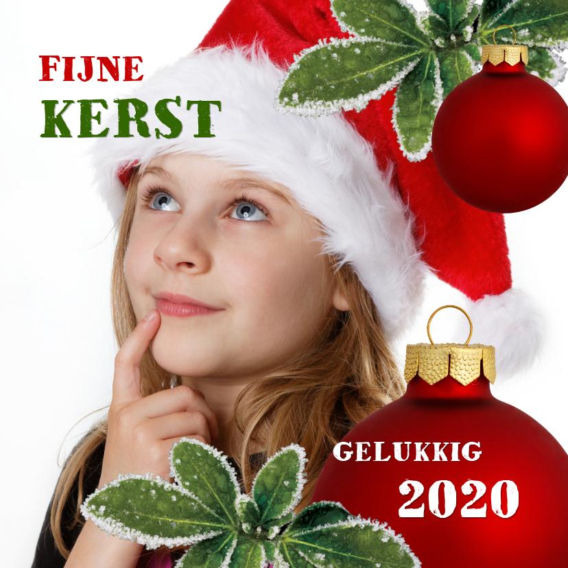 Kerstkaarten - Kerst eigenfoto rode kerstbal 2020 vierkant