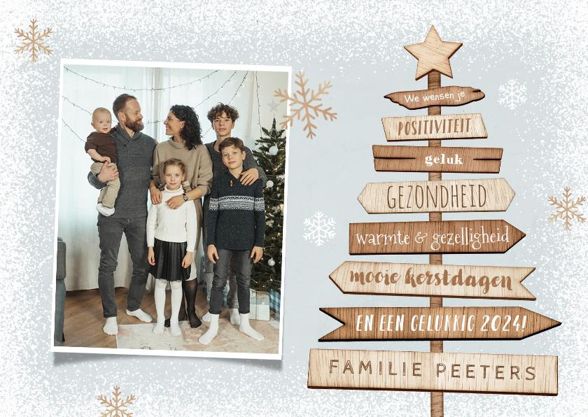 Kerstkaarten - Kerst en nieuwjaarskaart hout kerstboom foto sneeuw