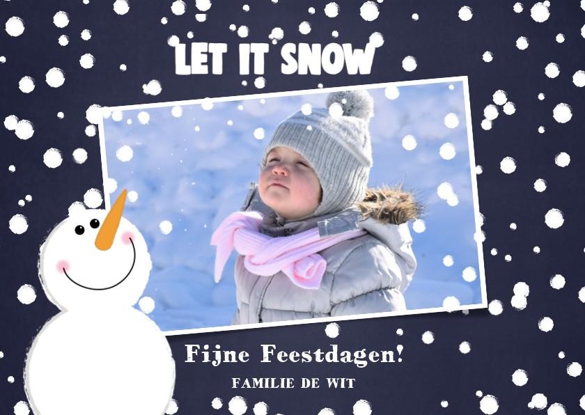 Kerstkaarten - Kerst foto kaart met sneeuw en een schattige sneeuwpop