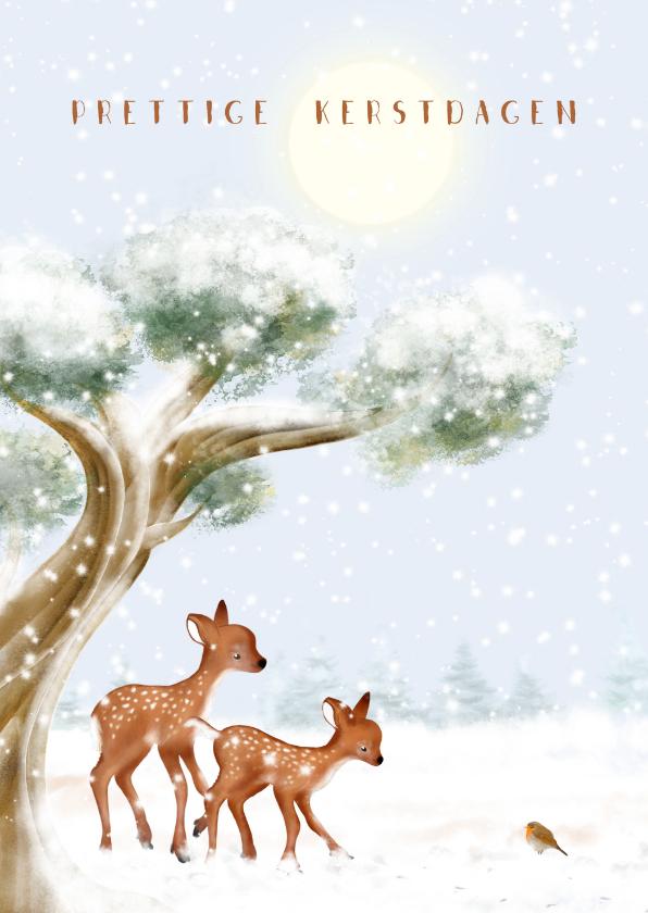 Kerstkaarten - Kerstkaart boom, hertjes en roodborst in de sneeuw