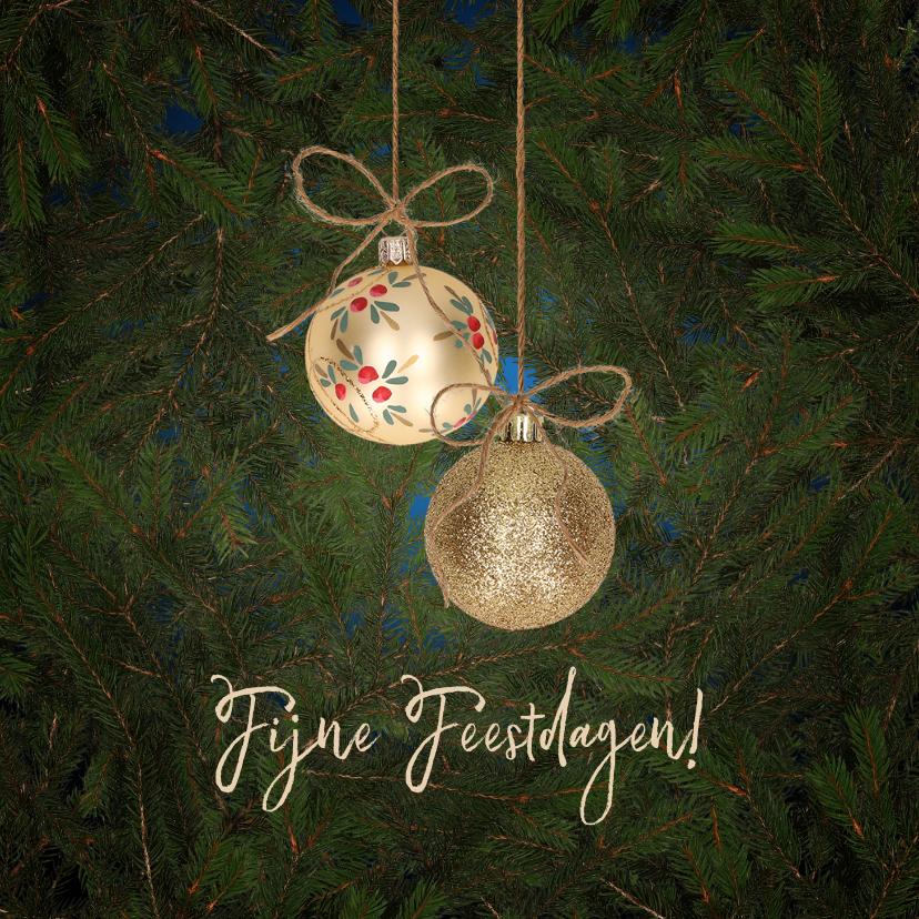 Kerstkaarten - Kerstkaart gouden kerstballen en kersttakken