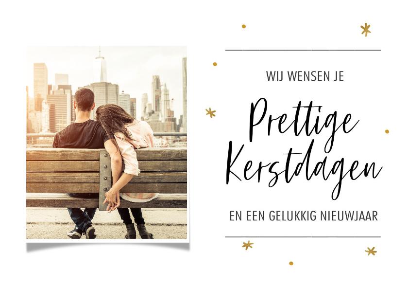 Kerstkaarten - Kerstkaart met eigen foto en gouden sterretjes met tekst