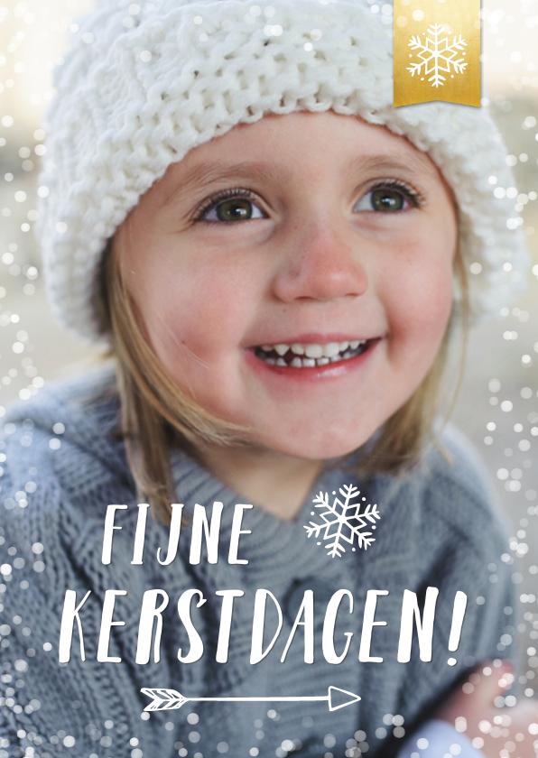 Kerstkaarten - Kerstkaart met grote eigen foto en witte sneeuw rand & label