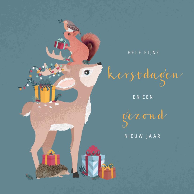 Kerstkaarten - Kerstkaart met illustratie van gestapelde bosdiertjes