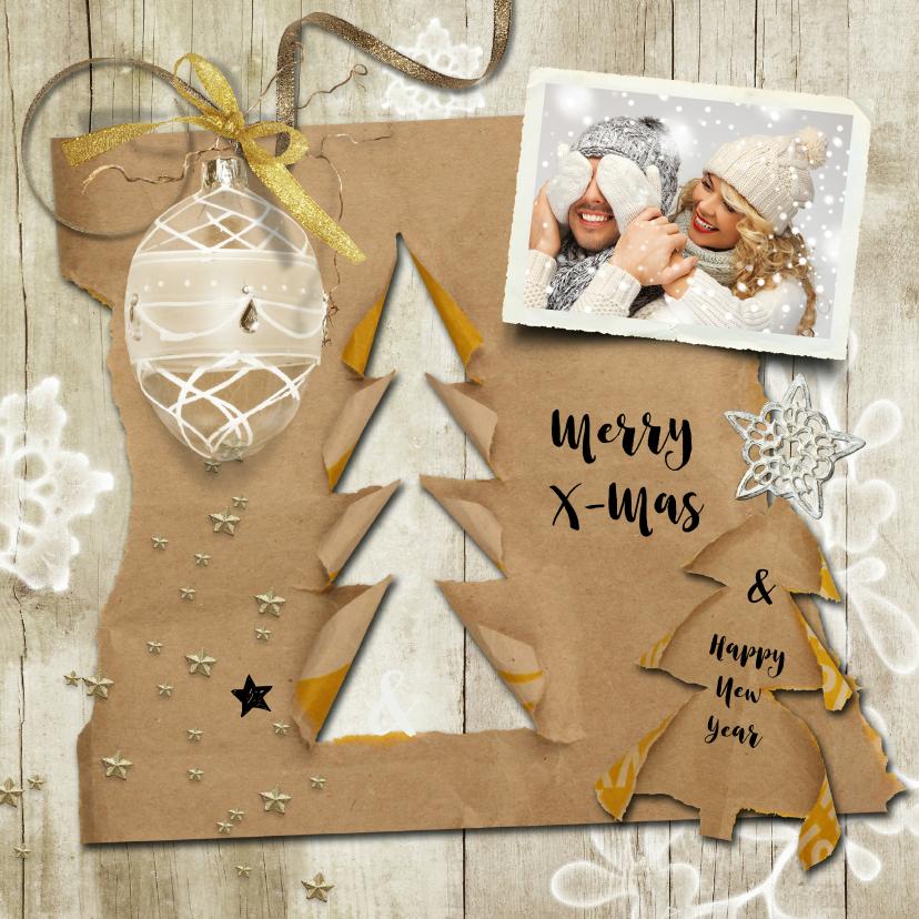 Kerstkaarten - Kerstkaart trendy hout en kraftpapier kerstboompjes