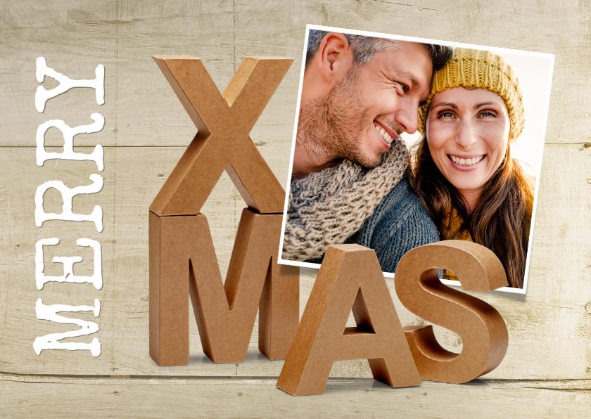 Kerstkaarten - Merry XMas kraft letters met eigen foto op houtlook