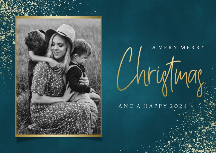 Kerstkaarten - Stijlvolle kerstkaart met foto, gouden sneeuw en typografie