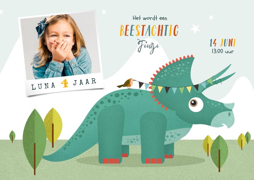 Kinderfeestjes - Kindefeestje vrolijk dinosaurus fotokaart triceratops