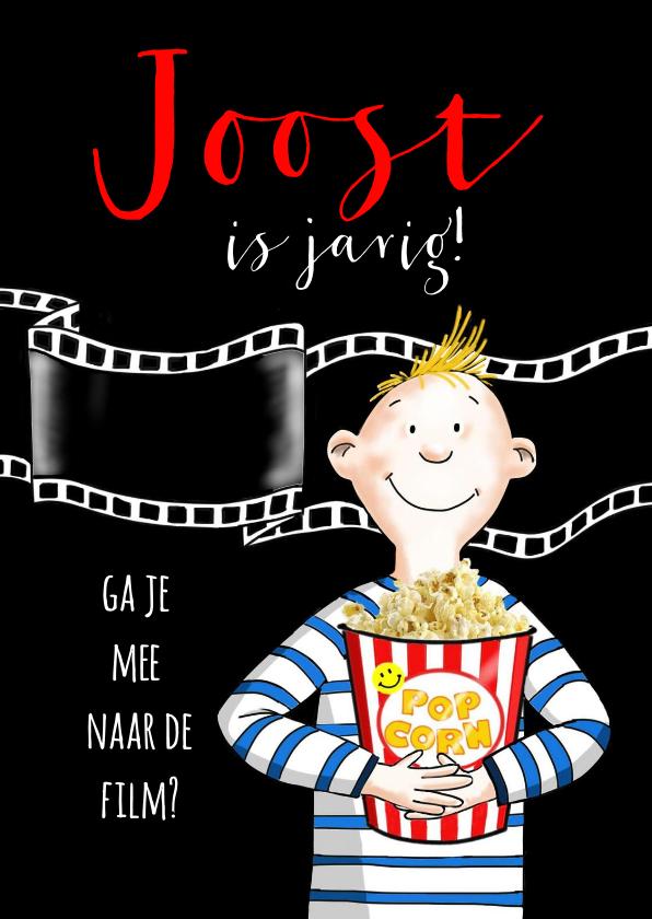 Kinderfeestjes - Kinderfeestje - jongen met popcorn