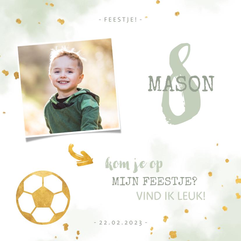 Kinderfeestjes - Kinderfeestje uitnodiging foto met voetbal en spetters