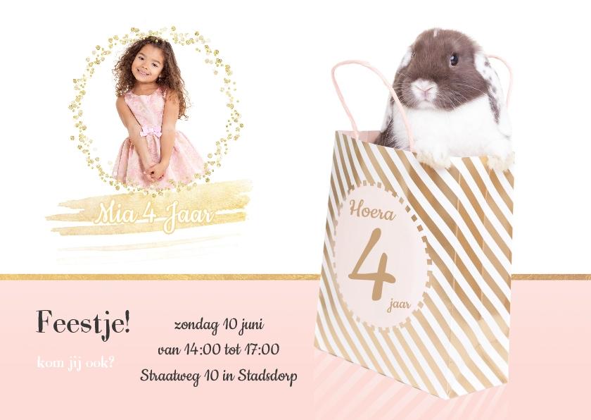 Kinderfeestjes - Kinderfeestje uitnodiging - Konijntje in tas - roze