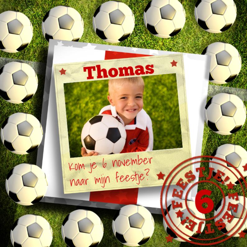 Kinderfeestjes - Stoere rood-witte voetbal uitnodiging