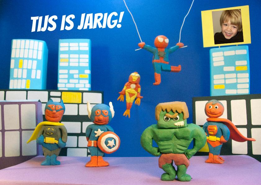 Kinderfeestjes - uitnodiging feest superhelden 3d