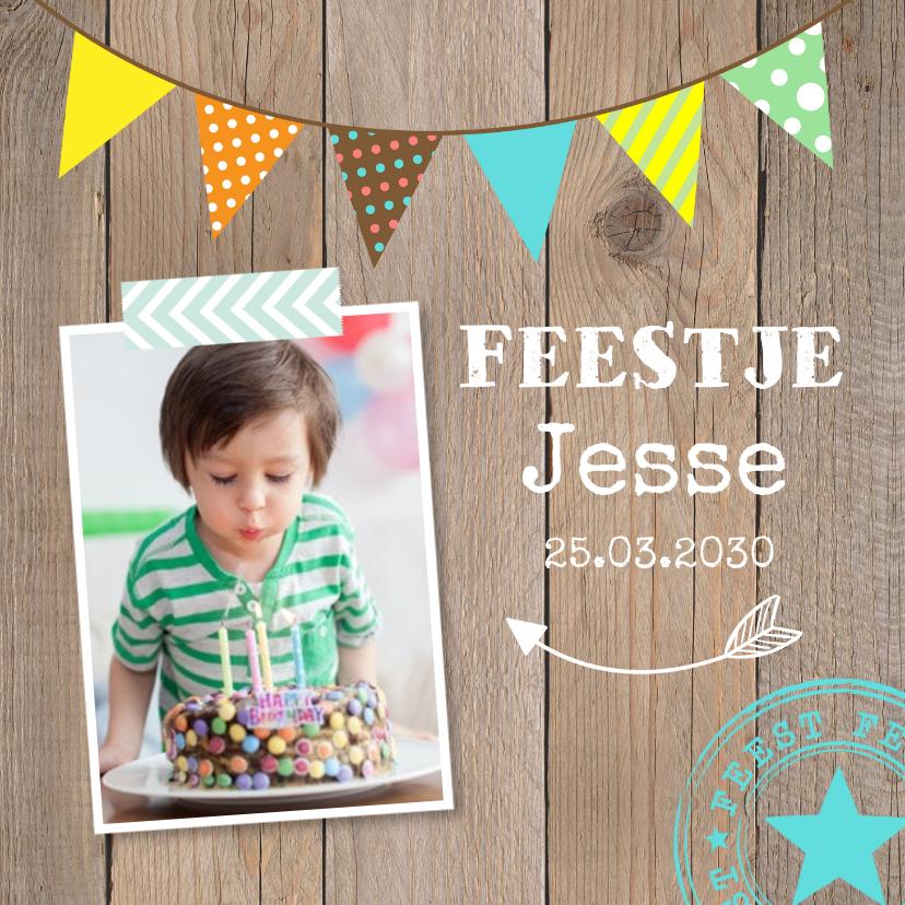 Kinderfeestjes - Uitnodiging kinderfeestje jongen slinger houtprint